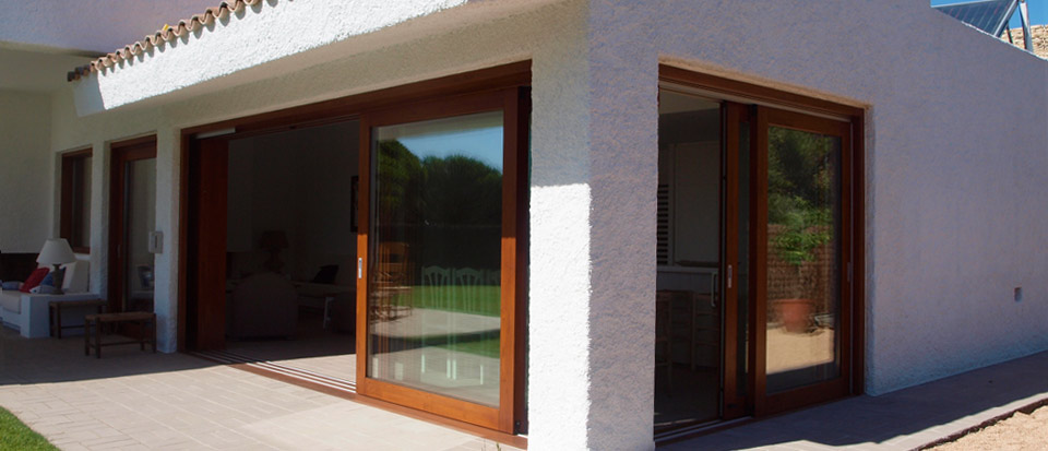 Porton minimalista con madera tino portones ajilbabcom - Portal de corredera ...