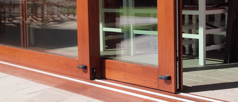 Nuevo proyecto ventanas de madera catalogo puertas de for Modelos de puertas corredizas de madera